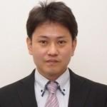 KURE事務所バストアップ正面_ヨコ
